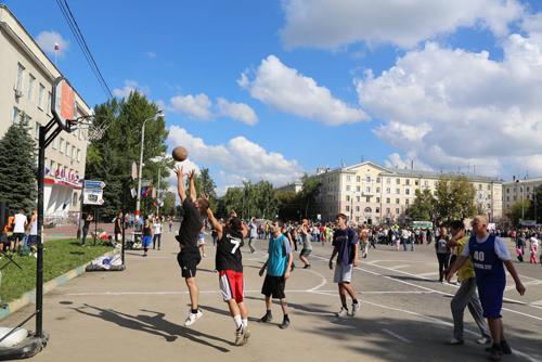 Ситилинк поздравил Нижний Новгород